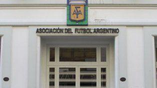 Casa madre. La reunión de ayer se llevó a cabo en la sede de calle Viamonte.