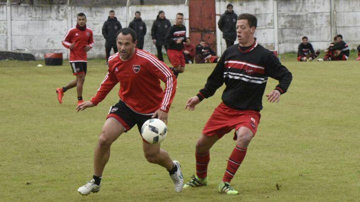 Mauro Matos jugó en el segundo partido. Newells fue amplio dominador del juego y justo ganador del amistoso en Bella Vista.