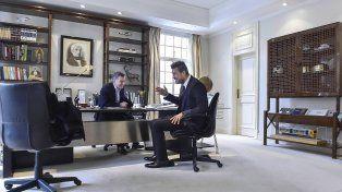 Buen humor. El presidente y el conductor televisivo estuvieron reunidos durante una hora. No trascendieron detalles de los temas tocados.