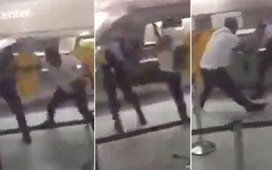 Se le atrasó el vuelo y desató su furia contra la policía