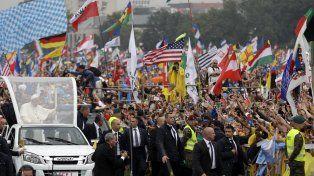 El Papa Francisco tuvo un caluroso y multitudinario recibimiento en la Jornada Mundial de la Juventud