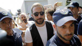Higuaín reveló los motivos por los que decidió cambiar Napoli por Juventus