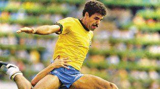 Toninho Cerezo es una legenda del fútbol brasileño.