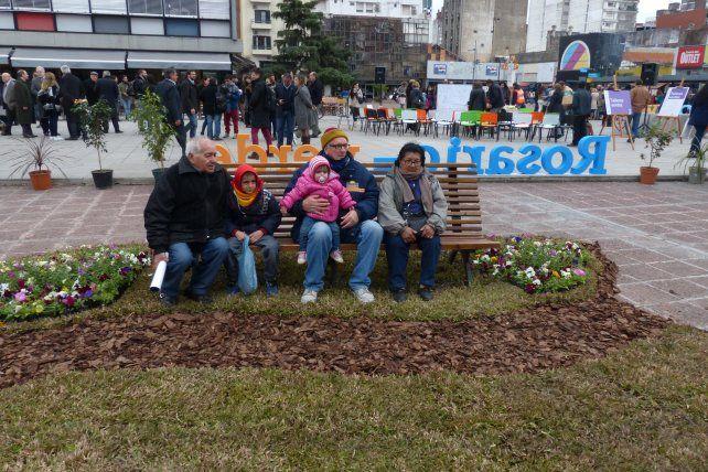 un oasis en la plaza. El municipio montó un sector verde en la plaza Montenegro