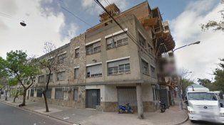 Vigilada. La escuela de Dorrego y Viamonte, que desde hoy estará vigilada por la policía.