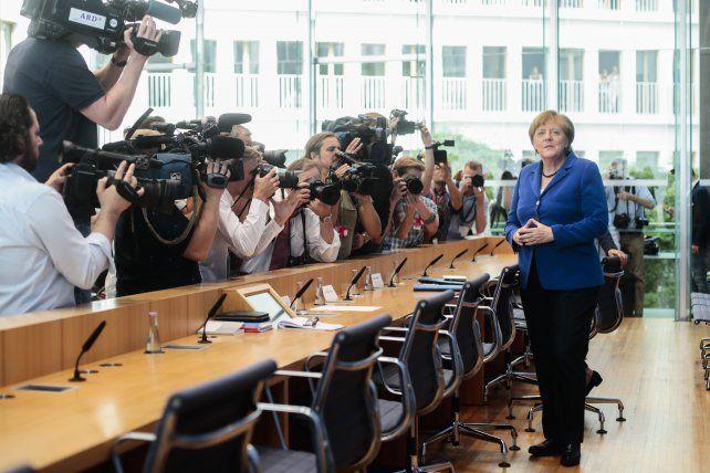 No hay marcha atrás. Merkel defendió con firmeza su política de acogida de refugiados a pesar del descontento.