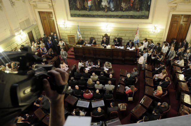 Los legisladores presentaron sus declaraciones juradas de 2015