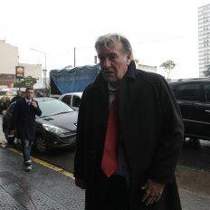 Sigue Armando lío: Pérez busca técnico con un método confuso que aleja a los candidatos
