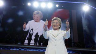 confianza. Hillary prometió más oportunidades, mejores empleos con salarios más altos.