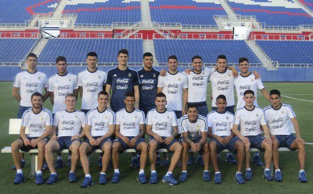 El plantel argentino sub 23 que afrontará los Juegos Olímpicos de Río de Janeiro desde el próximo viernes.