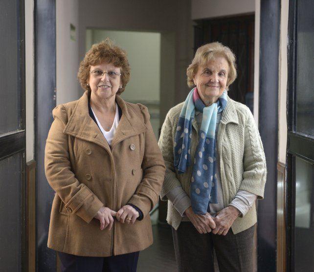 La profesora Gloria Otaduy y la directora del Observatorio