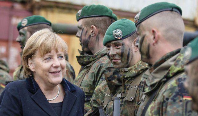 Debate. Merkel alienta que el ejército alemán intervenga en operativos