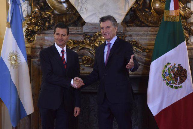 Protocolo. Los presidentes de Argentina y México relanzaron la relación bilateral con la firma de varios convenios.