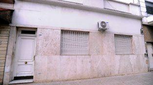 La vivienda de la calle Plaza al 800, en Chacarita, donde fueron detenidos los dos tuiteros.