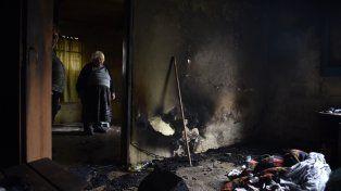 Voraz incendio. En la vivienda de Anchorena al 2000 viven tres adultos.