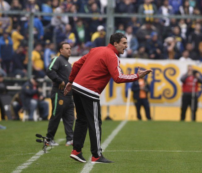 Juan Pablo Vojvoda fue el técnico ganador de la tarde en Arroyito