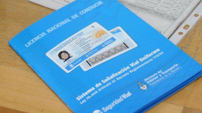 Se emiten unos 430 carnets de conductor diarios