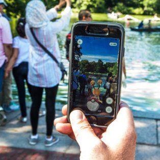 hackearon la cuenta del creador de pokemon go por los retrasos en llegar a america latina
