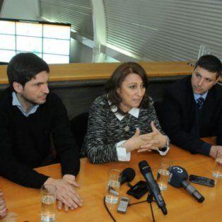 La intendenta Fein, junto al ministro Pullaro y otros funcionarios, durante la presentación del sistema de videovigilancia.