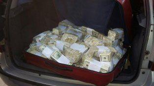 La mujer de José López dijo que desconocía la existencia de los 9 millones de dólares