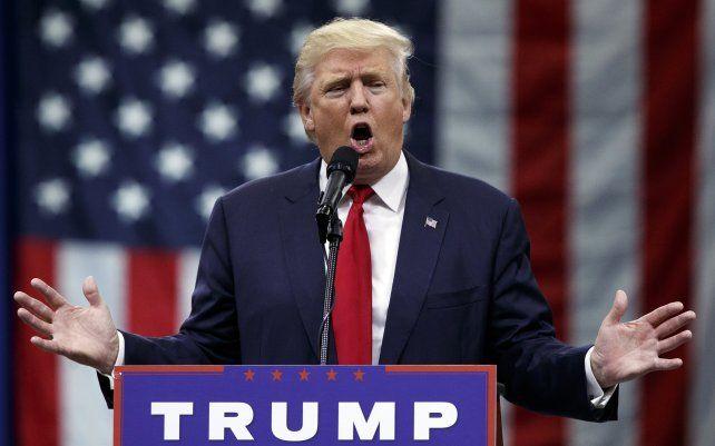 Donald Trumpo perdió nuevamente la paciencia y echó a un bebé que lloraba y a su madre