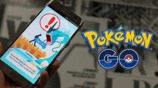 Dos motochorros le arrebataron el celular a un chico que jugaba a Pokémon Go
