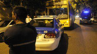 línea 146. Un colectivo de Rosario Bus resultó baleado durante su recorrido por Ayolas y Ayacucho.