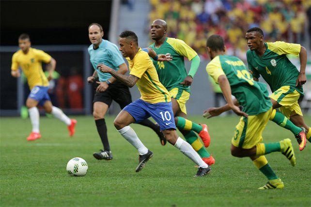 Con Neymar, Brasil decepcionó en su debut en los Juegos y apenas igualó ante Sudáfrica