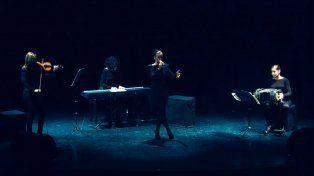 En acción. Mistango 7 y su original mirada sobre el repertorio de Piazzolla.