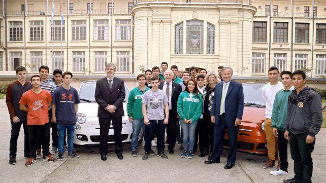 Educación técnica. Docentes de escuelas santafesinas se capacitarán en temas de la industria automotriz.