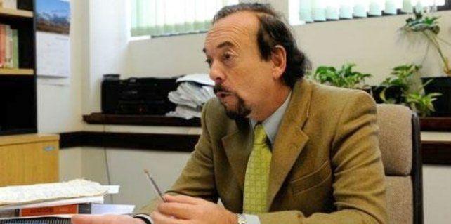 Camarista. Carlos Carbone mandó a juicio oral a los ex policías Floiger y Raffo.