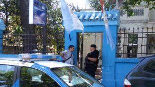 Tres delincuentes detenidos tras entrar a robar a una casa en Juan José Paso al 1200