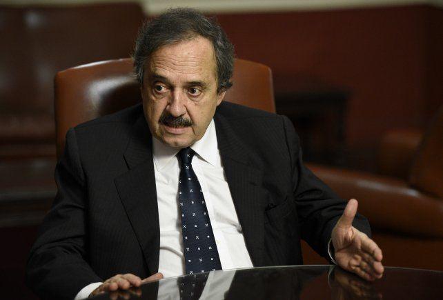 El encuentro contaría con la presencia de Ricardo Alfonsín.