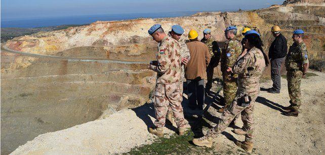 En acción. Las tropas nacionales están basadas en el sur de la isla.
