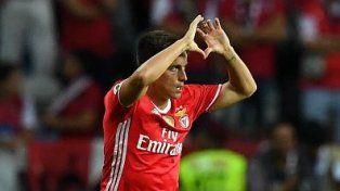 Cervi abrió el camino para Benfica, que goleó y gritó campeón en Portugal