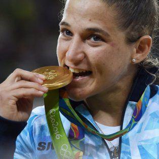 cuanto cobrara paula pareto por haber conseguido el oro olimpico
