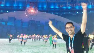 A full.Milton Alvarez cumplió un sueño que acariciaba desde chiquito y vivió la ceremonia inaugural de los Juegos Olímpicos de Río desde adentro como voluntario. Fue muy emotivo