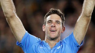Con el corazón en la mano. Delpo jugó un gran tenis que Nole no supo quebrar.