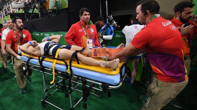 Terrible lesión de un gimnasta francés en Rio 2016