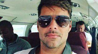 Ricky Martin se encuentra de vacaciones en Africa.