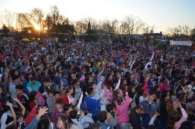Recreo. Cientos de chicos disfrutaron de actividades artísticas y deportivas.