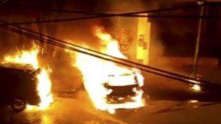 Localidad de florida. Los dos primeros coches fueron incendiados ayer a la madrugada