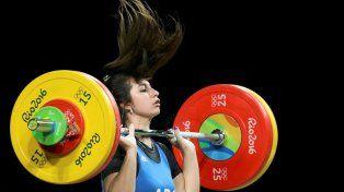 la pesista rosarina joana palacios mostro sus credenciales en su debut olimpico