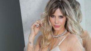 Guillermina Valdés posó sensual para una revista.