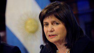 La ministra prometió penas severas para los violentos