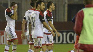 Los rojinegros se dieron un porrazo tremendo y quedaron eliminados ante Deportivo Morón
