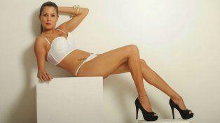 La siempre sensual Ursula Vargues se mostró en Twitter sin pelos en la lengua.