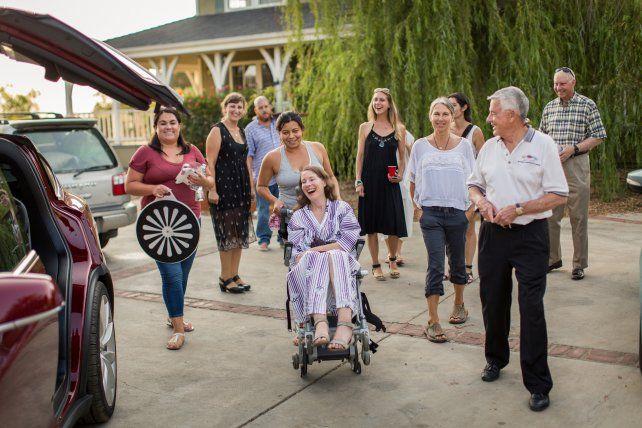Penoso. Betsy (en silla de ruedas)