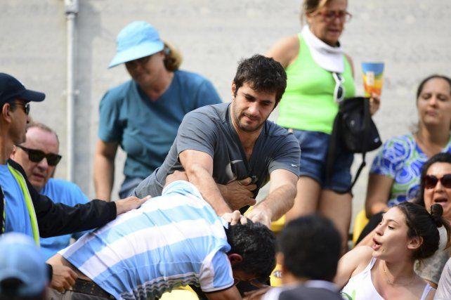 Algo de la violencia del fútbol se trasladó a las tribunas de los Juegos Olímpicos