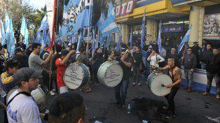 Protesta. El incumplimiento de Coto a la conciliación obligatoria fue denunciada por el gremio mercantil